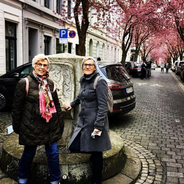 Unterwegs neue Farbvariationen entdecken, diesmal Kirschblüte in der Bonner Altstadt.  #designideen#slowfashion#marmoriert #frühlingsgefühle#frühlingserwachen #mmunikat #kirschblütenbonn